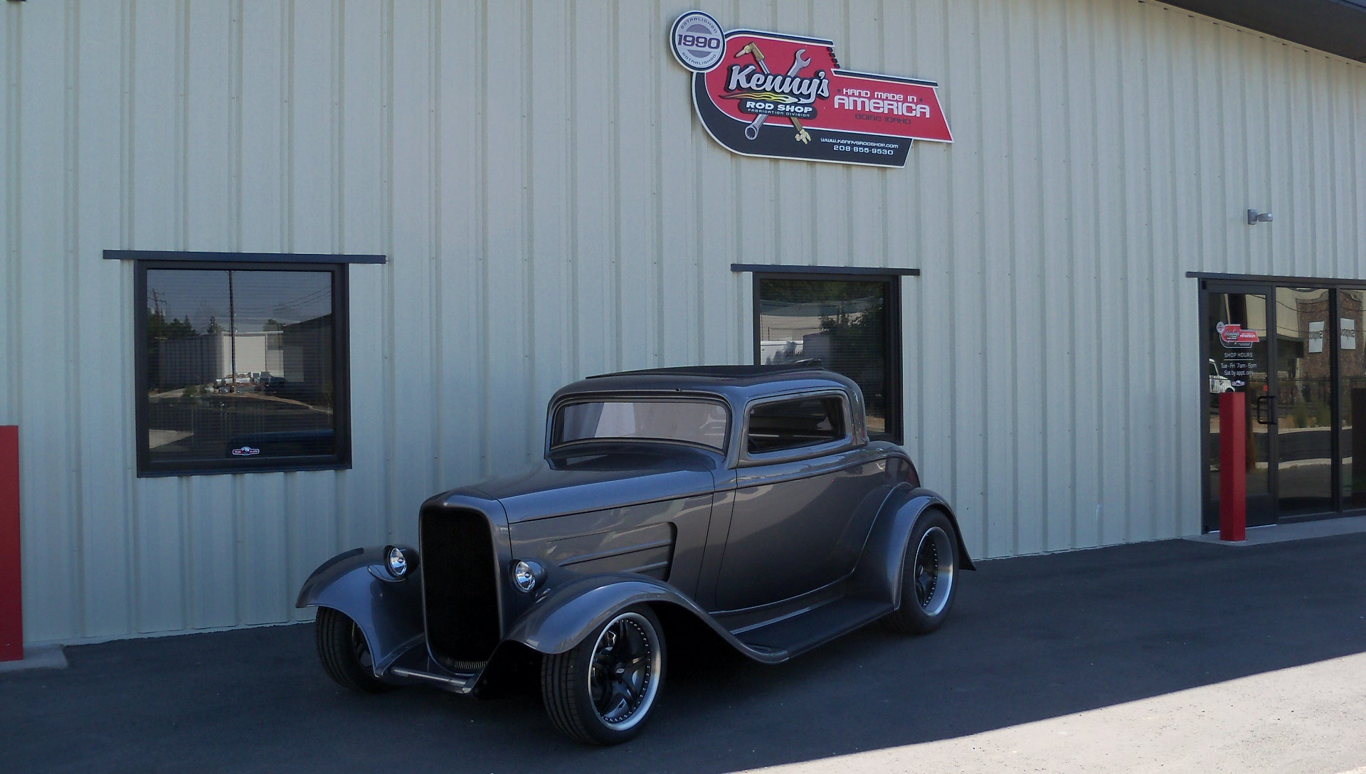 Gene Wilson s 32 Ford Coupe 3 window